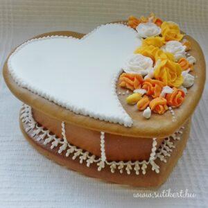 Mézeskalács szív alakú doboz